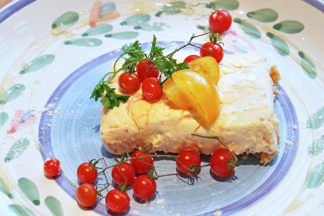 トマトのレアチーズケーキ