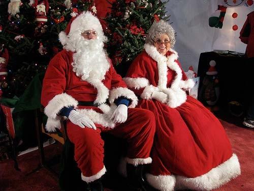 サンタクロースとミセスクロース