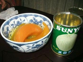 メロンの缶詰