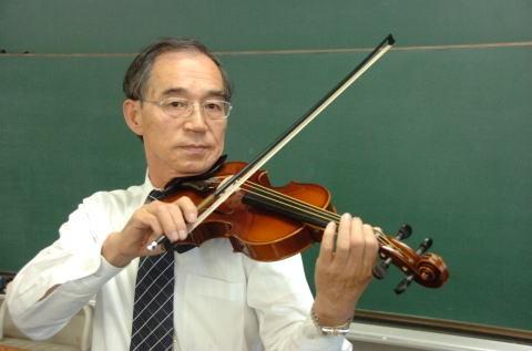大崎茂芳名誉教授
