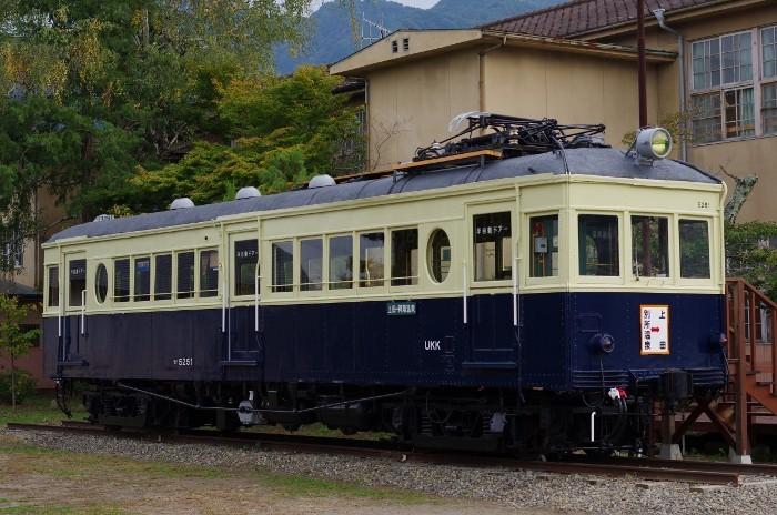 丸窓電車 モハ5251