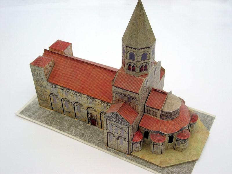 ペーパークラフトの大聖堂