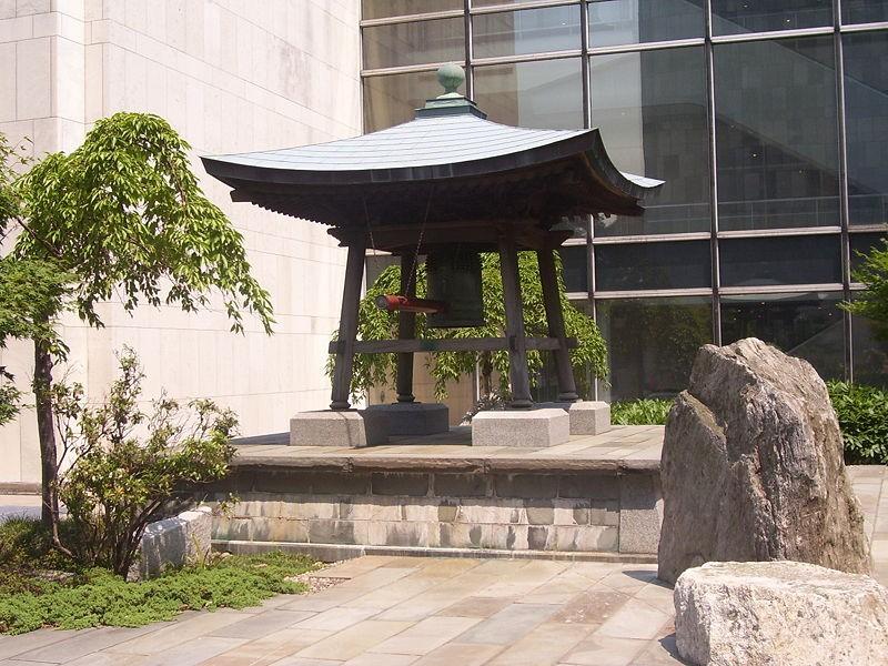 日本の平和の鐘