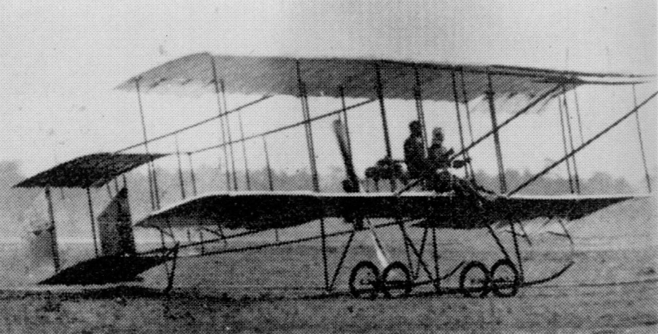 アンリ・ファルマン式複葉機